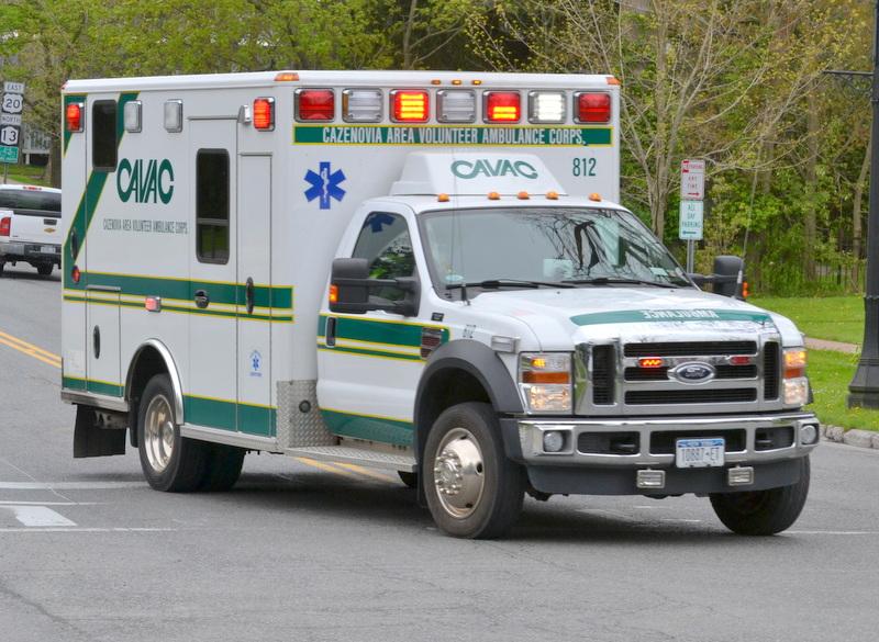 cavac-ambulance-responding-pri1-dsc_0018-001