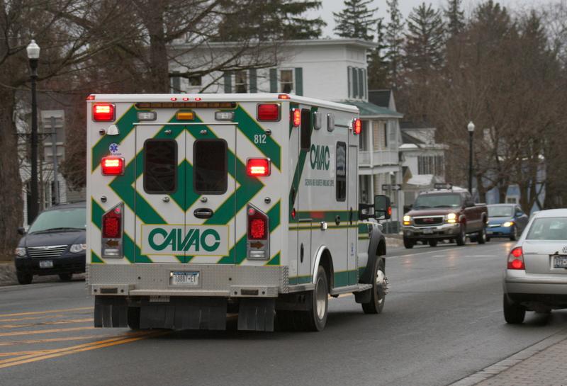 cavac-ambulance-road-downtown-img_9592