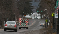 cavac-ambulance-road-downtown-img_9594